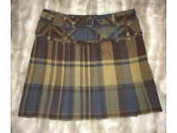 Karen Millen Size 10 Skirt