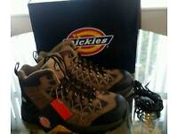 Mens size 7 dickies work boots