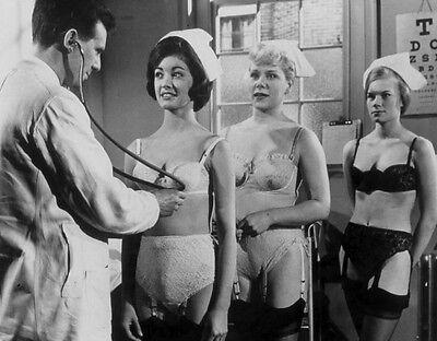"Carry On Nurse Film Still 10"" x 8"" Photograph no 12"