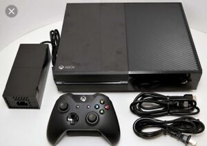 XBOX ONE LOTS OF GAMES TWO CONTROLLERS NEGOTIABLE!