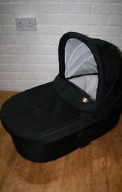 Mamas and papas Sola carry cot