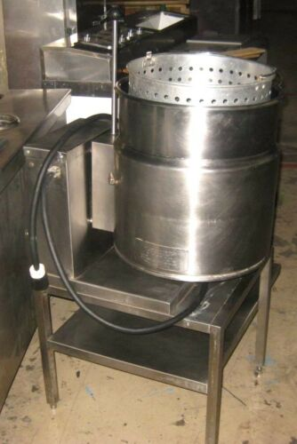 Steam Jacketed Kettle by Cleveland Range