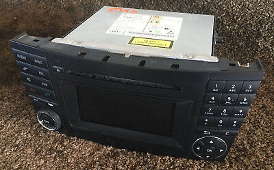 Comand Audio 20 Mercedes E-Klasse W211 MF2820 CD Radio Autoradio 2118705694