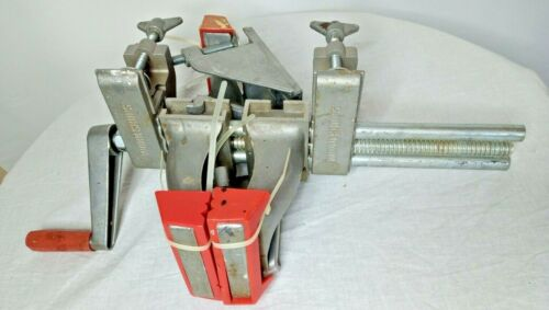 Vunder Vise like a Zyliss Vise - Barely Used In good working condition complete.