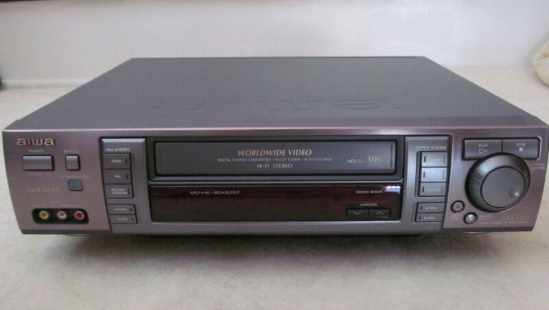 AIWA HV-MX100u WORLDWIDE VHS PAL/SECAM/NTSC NEEDS REPAIR OR USED FOR PARTS