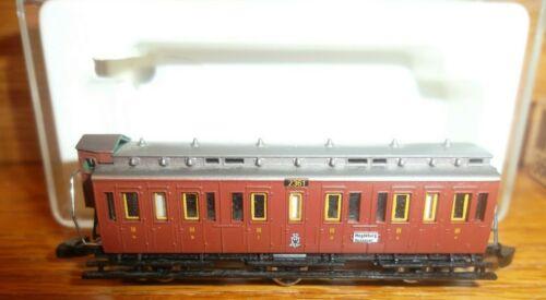 Z Scale Marklin 8600 3 Axle Coach NIB