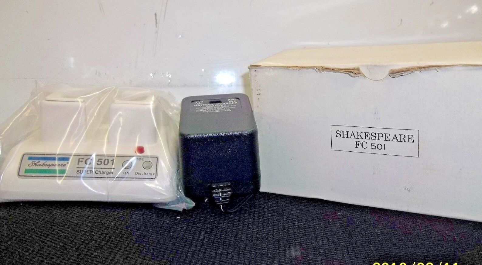 "SHAKESPEARE FC-501 BATTERY CHARGER  ""NEW"""