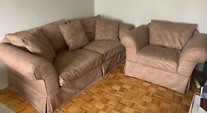 3 pc.  furniture COUCH, LOVESEAT, CHAIR + FREE LAMP. BO