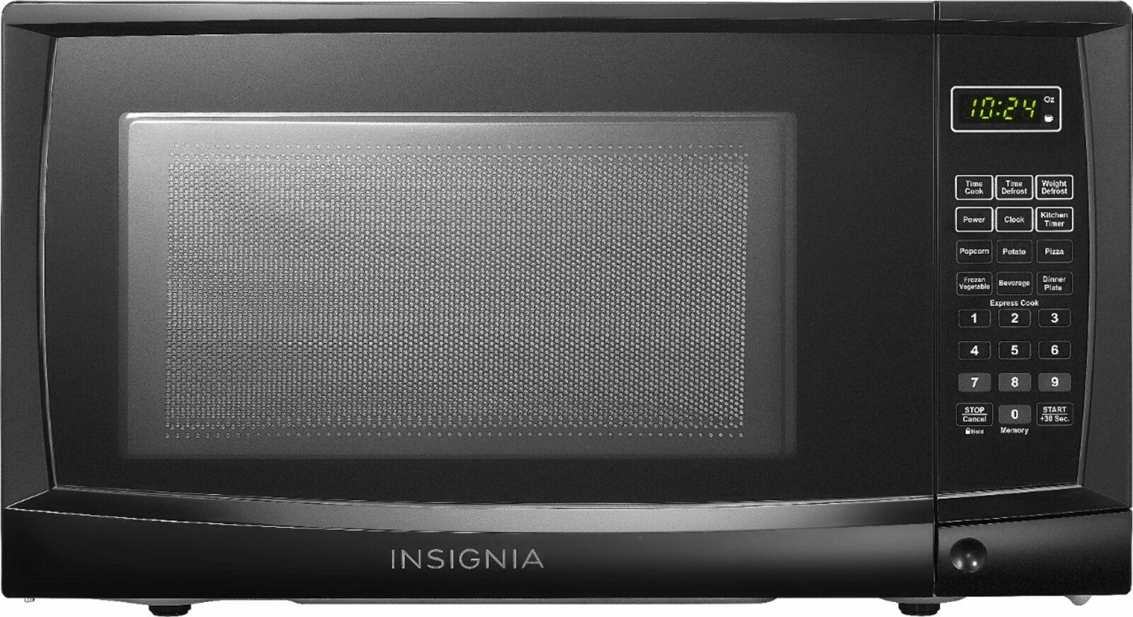 Insignia- 0.7 Cu. Ft. Compact Microwave - Black
