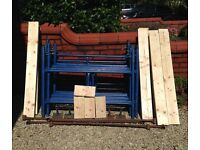 18ft scaffold tower (12 sections at 4ft x 3ft) complete with new set of braced platform boards