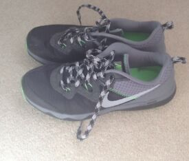 Nike trainers uk9 eur 44 grey