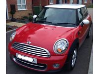 Good Spec 2012 MINI Cooper with 12 months MOT in a very good condition and full service history.