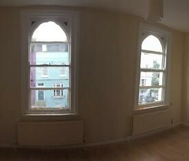 Chalk Farm: Newly refurbished double bedroom in shared house.