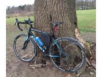 Giant Contend SL2 Disc Road Bike 2017 Medium Size **Fulcrum Wheelset Upgrade**