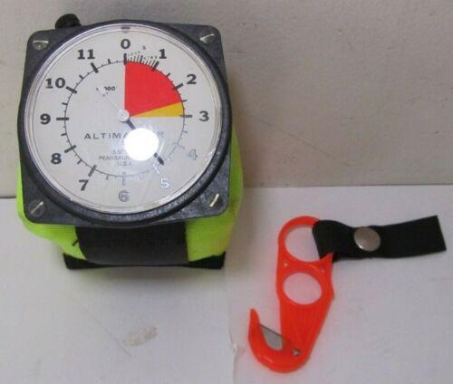 Vintage Wrist Altimaster II Altimeter Sky Diving x1000 Gauge w/ Pillow & Cutter