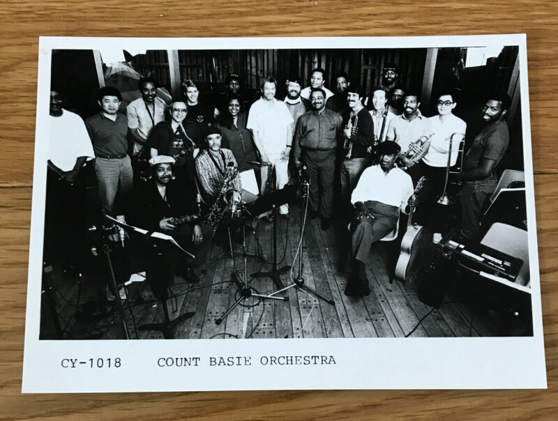 Count Basie Orchestra - Publicity Promo Photo (CY-1018) 165x120mm