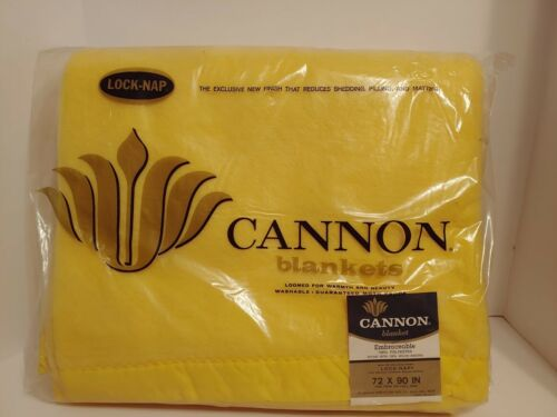 Vintage Embraceable Cannon Lock-Nap Blanket 72 x 90 Warm Yellow Twin/Full.