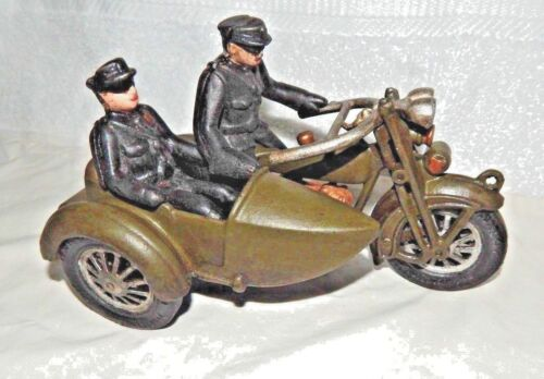 HUBLEY MOTORCYCLE w SIDECAR Cast Iron HARLEY DAVIDSON Military Police Cops MP G