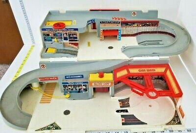Vintage ~ Hot Wheels Playset ~ Sto & Go Hot Wheels City Playset