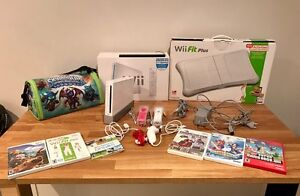 Wii Sport/Fit Plus Bundle (NTSC) - Preowned Mawson Lakes Salisbury Area Preview