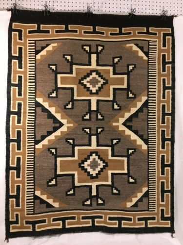 Classic Vintage Navajo Diné Indian Weaving Two Grey Hills prob. 1960-1980