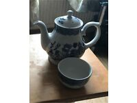 Churchill tea pot and sugar bowl
