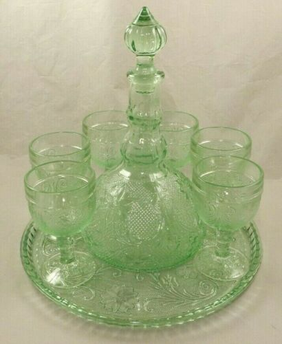 Indiana Glass Tiara Chantilly Green Decanter Set w/Tray & 6 Cordial Wine Glasses