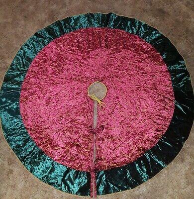 """Pottery Barn VELVET Green and Red, Gold Trim 50"""" Christmas Tree SKIRT  ()"""