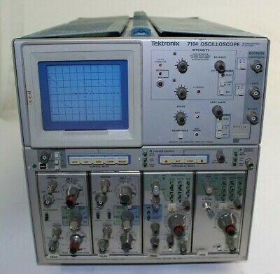 Tektronix 7104 Oscilloscope Untested