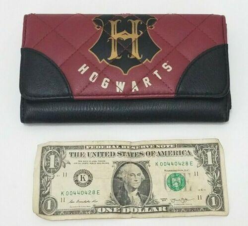 Hogwarts Womens Wallet - Burgundy and Black - Tri Fold Harry Potter Theme School