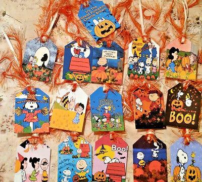 16 Halloween Charlie Brown~Gift Hang Tags~Scrapbooking~Card Craft Making   - Make Halloween Gift Tags