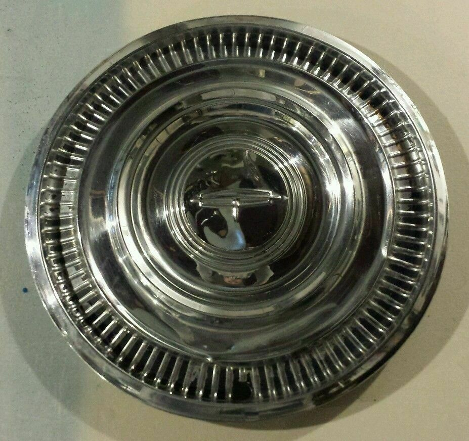 """1963 63 Oldsmobile Olds Cutlass Starfire 14"""" 14 Inch Hubcap Wheelcover"""