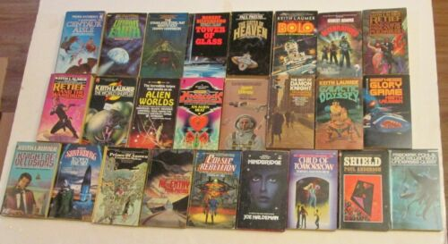 Lot of 25 Vintage Science Fiction Fantasy Novel Books Paperback Retro Scifi Pulp