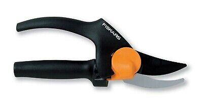 Fiskars PowerGear Bypass Pruner Steel Fibre Comp Locking mechanism