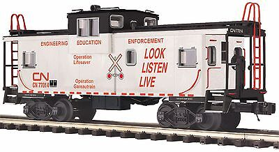 20 91561 Canadian National Extended Vision Caboose