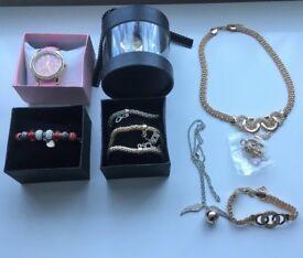 ladies bundle of costume jewelery