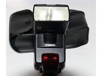 CANON 550EX SPEEDLITE FLASHGUN FOR CANON DSLR CAMERAS £95
