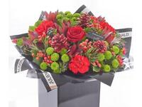 Free delivery on Xmas flower bouquets and gifts
