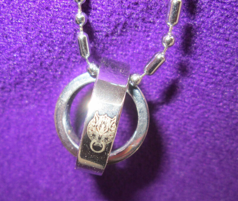Final Fantasy VII Cloudy Wolf Rotating Ring Necklace
