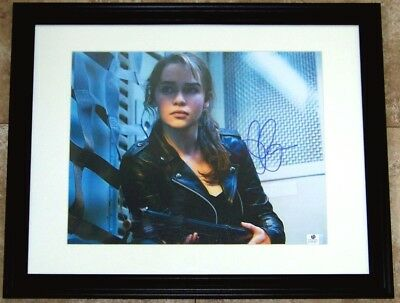 Hot New Item Emilia Clarke Signed Autographed 11X14 Photo Global Ga Gv Gai Coa