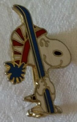 Vintage Peanuts Snoopy Collectible Skiing Sports Enamel Pin