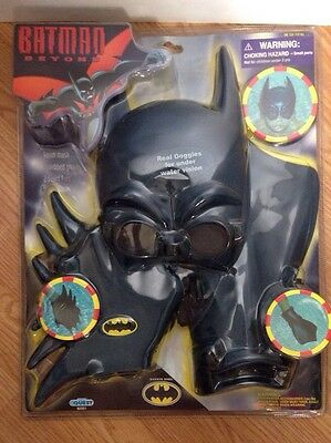 Batman Beyond Swim Gear Mask Webbed gloves and Fins One Size 2001
