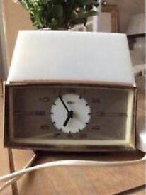 Retro metamec alarm clock with integrated lamp