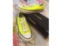 Size 5 yellow converse brand nee