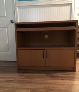 Computer stand with sliding drawer