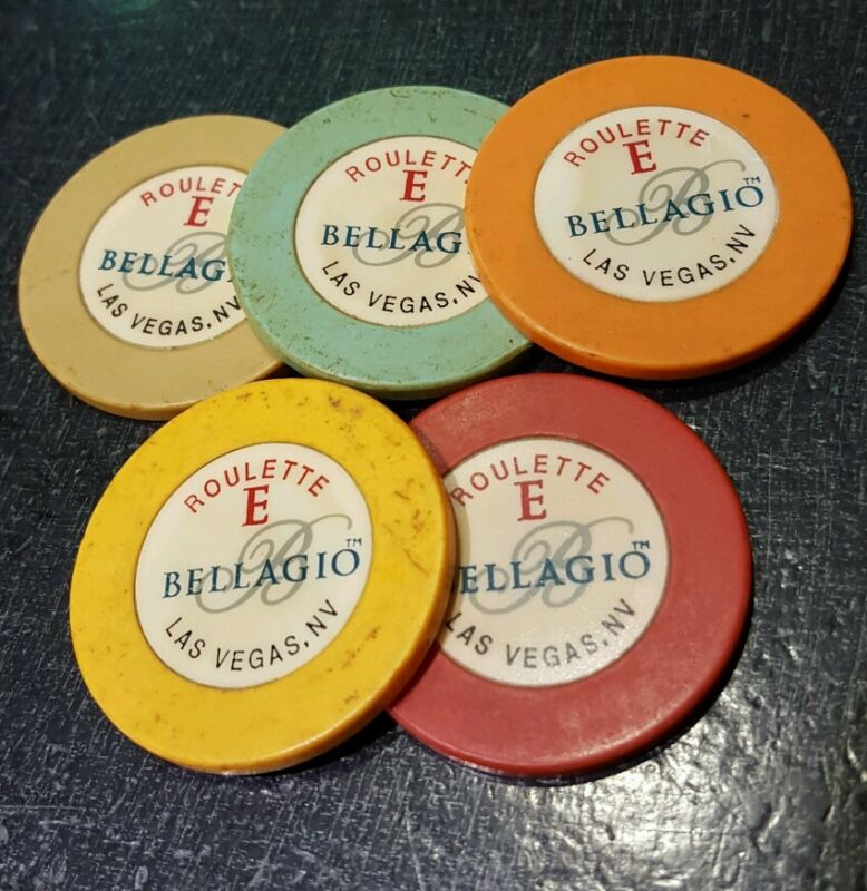 CASINO CHIPS LOT
