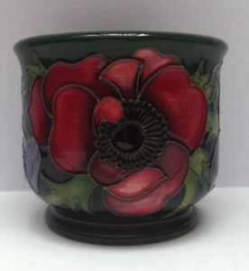 Moorcroft-Pottery-Anemone-Tribute-Planter-Pot-by-Emma-Bossons-First-Quality-New