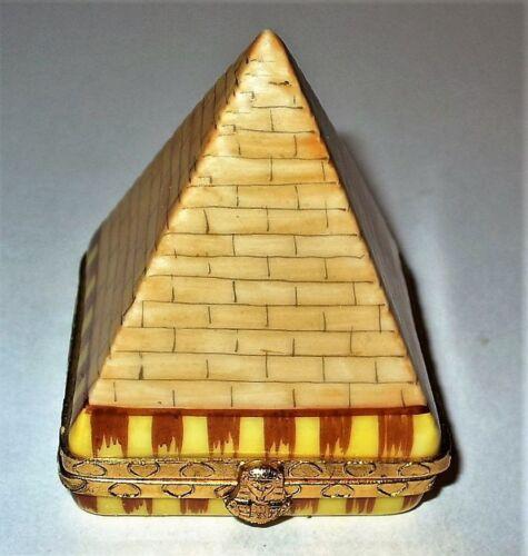 LIMOGES FRANCE BOX - EGYPTIAN PYRAMID & PHARAOH CLASP - EYE OF HORUS INSIDE
