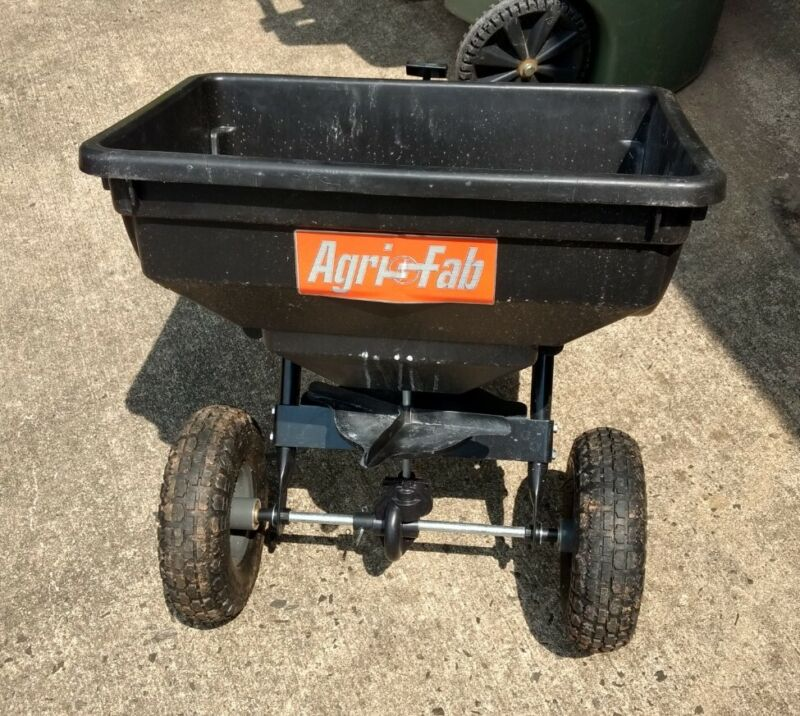 Agri Fab 85 LB Pull/Tow Behind Broadcast Spreader, Fertilizer Seed 045-05302