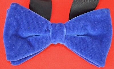 1970s VELVET PRE-TIED DICKIE BOW / BOW TIE - MID BLUE - SUPER CONDITION!